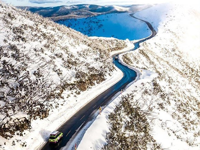 Great Alpine Road by @benpstanton | Discover Victoria | Sand vs Snow – How to Holiday in East Gippsland