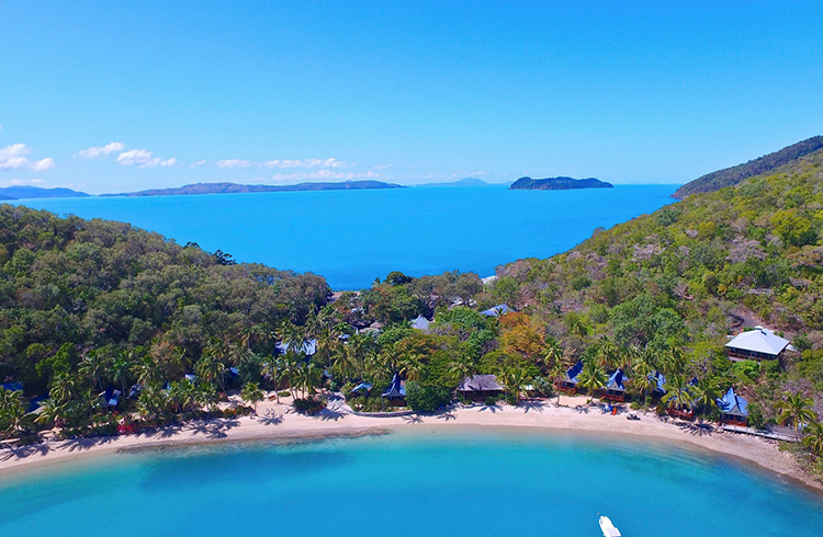 Long Island | Your Guide to the Whitsundays | Discover Queensland