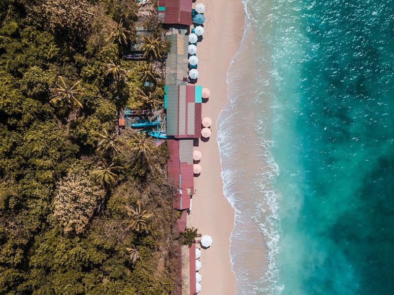 Thomas Beach   Image by @__vaily__ via Instagram   Best Beaches in Bali   Global Explorer