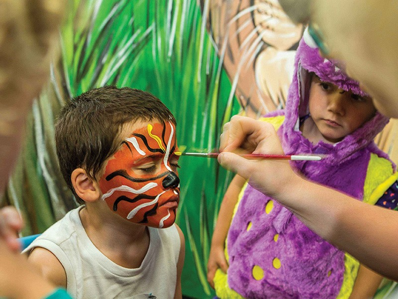 Kids Face Painting at Paradise Resort, Surfers Paradise - Discover Queensland