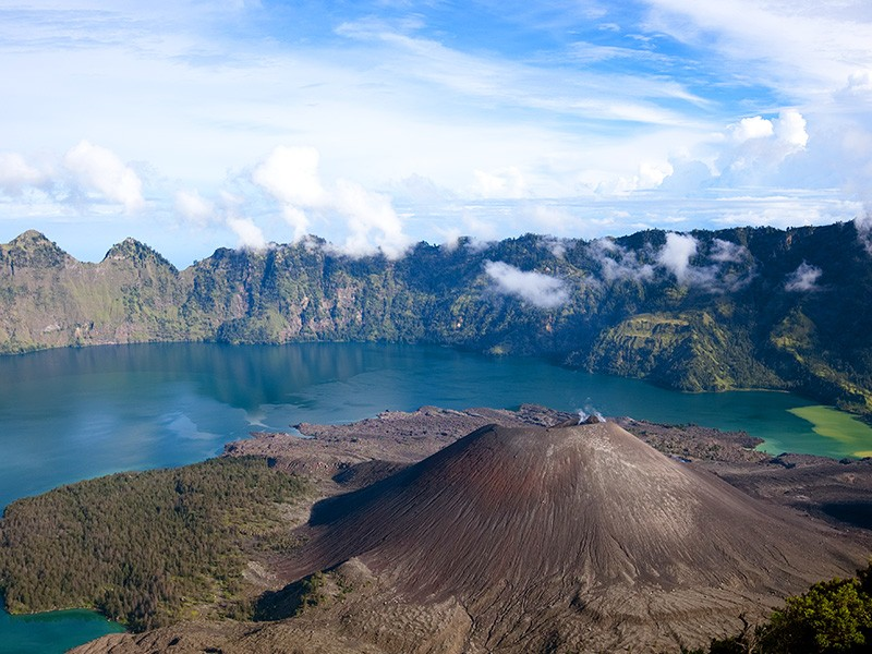 Mt Rinjani | How to Make the Most of Your Stay at Wyndham Lombok | Global Explorer