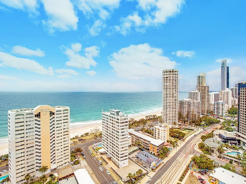 Ocean Views of Surfers Paradise beach and beyond from the 2 bedroom apartments in Mantra Sun City | Discover Queensland