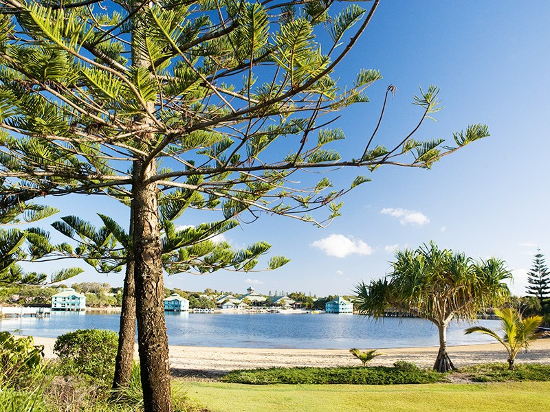 Twin Waters Lagoon Sunshine Coast | Discover Queensland