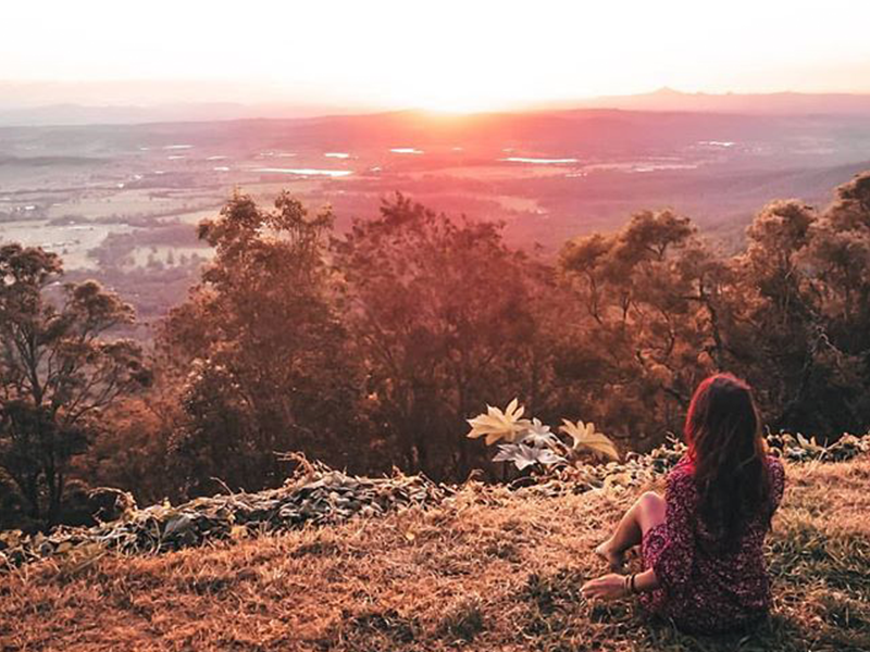 Tamborine Mountain Sunset by @elisa.explores via Instagram | 7 Gold Coast Panoramas that will impress you | Discover Queensland