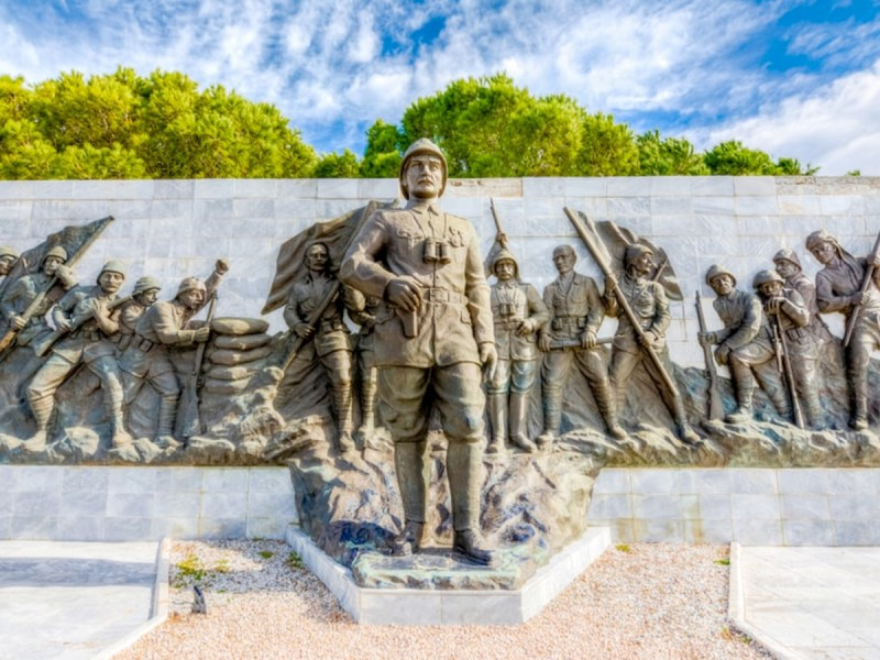 ANZAC Cove Memorial | ANZAC Day Tours on the Battlefield