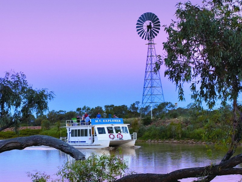 Thomson River, Longreach | Outback Queensland Road Trips | Discover Queensland