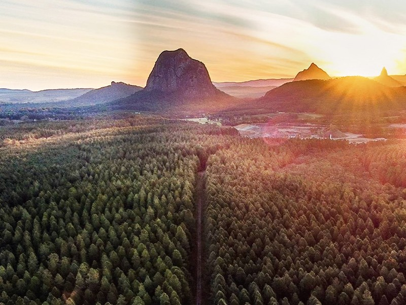Glass House Mountains Things To Do by @melinda.pryor.photography |Sunshine Coast Hinterland Highlights Brisbane Road Trip | Discover Queensland