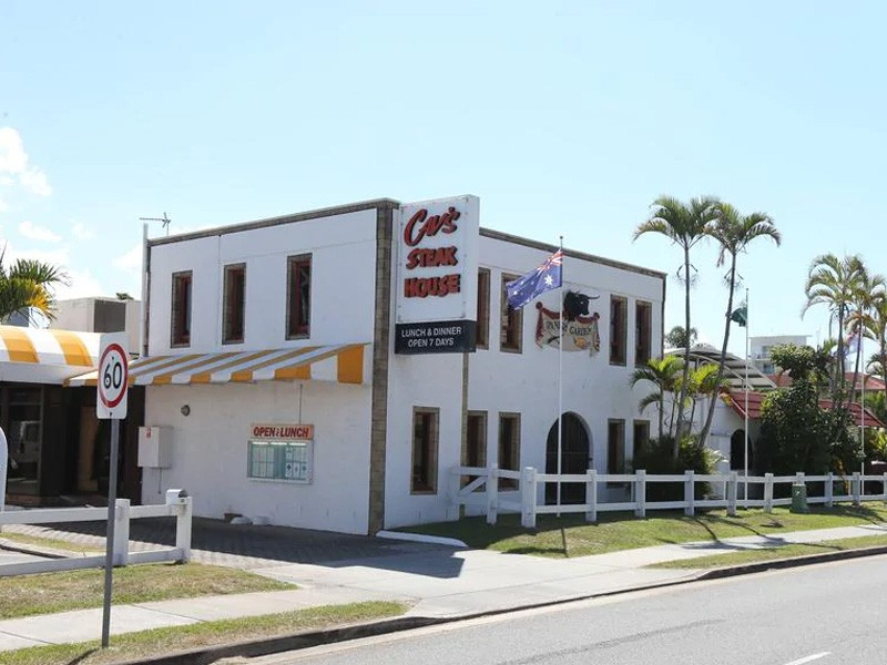 Cav's Steakhouse - Family Restaurants on the Gold Coast - Discover Queensland