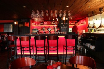 Flame Bar and Grill - Queenstown Holidays