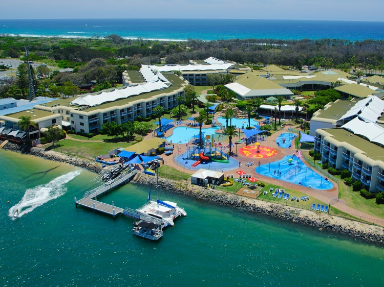 Sea world resort water park discover queensland gumiabroncs Choice Image