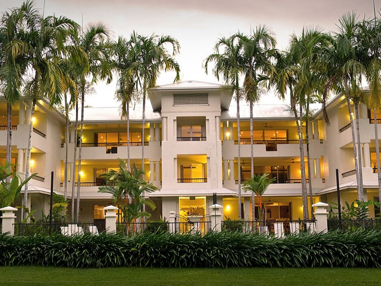 Mandalay Luxury Beachfront Apartments Discover Queensland