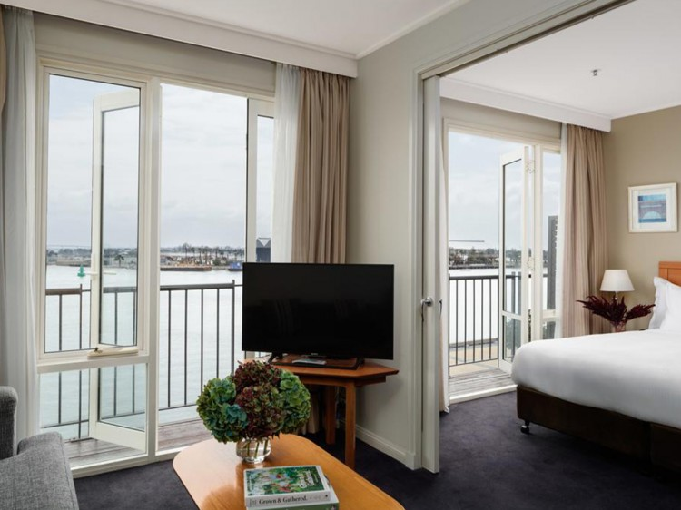 King Spa Suite with Harbour View