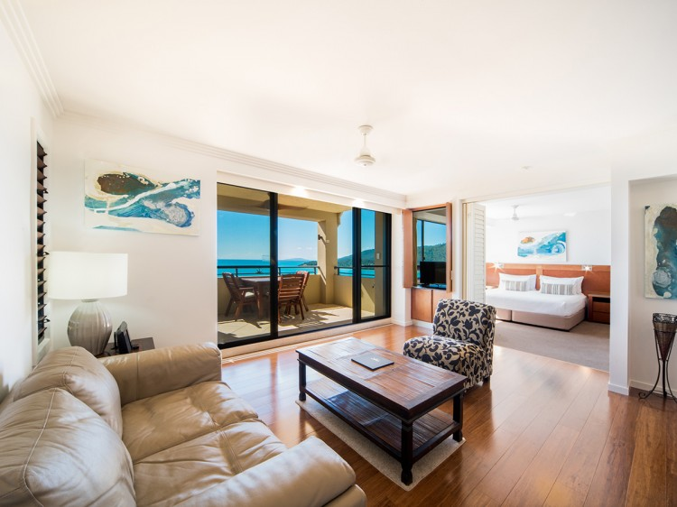 One Bedroom Seaview Spa Apartment