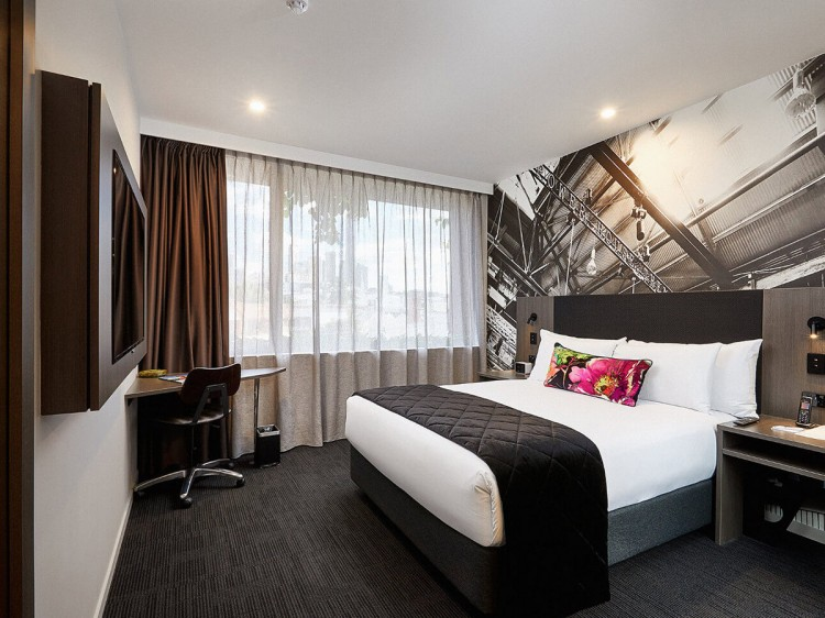 Sage Hotel James Street | Standard Queen Room