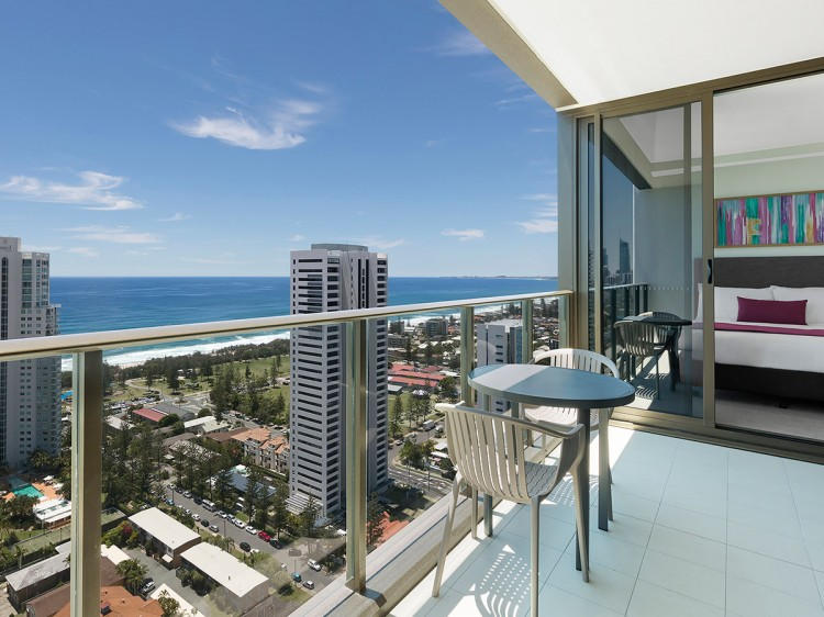 1 Bedroom Premier Ocean Balcony View | Avani Broadbeach Residences