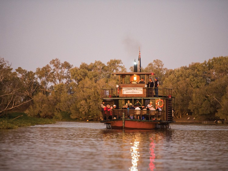 Starlights Cruise | Outback QLD - Escorted Tour DQ
